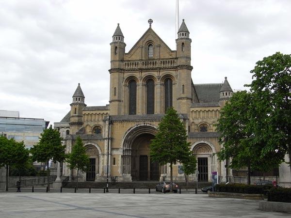 Белфаст – собор Святой Анны